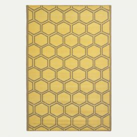 Yellow Outdoor Rug with Honeycomb Pattern, 182 x 122 cm